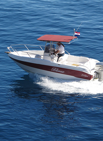 rent a boat, speed boat, small boat, gliser, podgora, makarska, hvar, brac, boat rental, boat booking